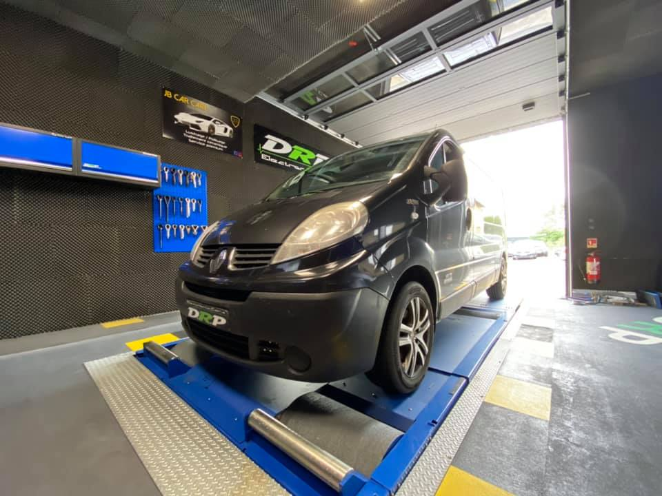 🚗 Renault Trafic 2.0dci